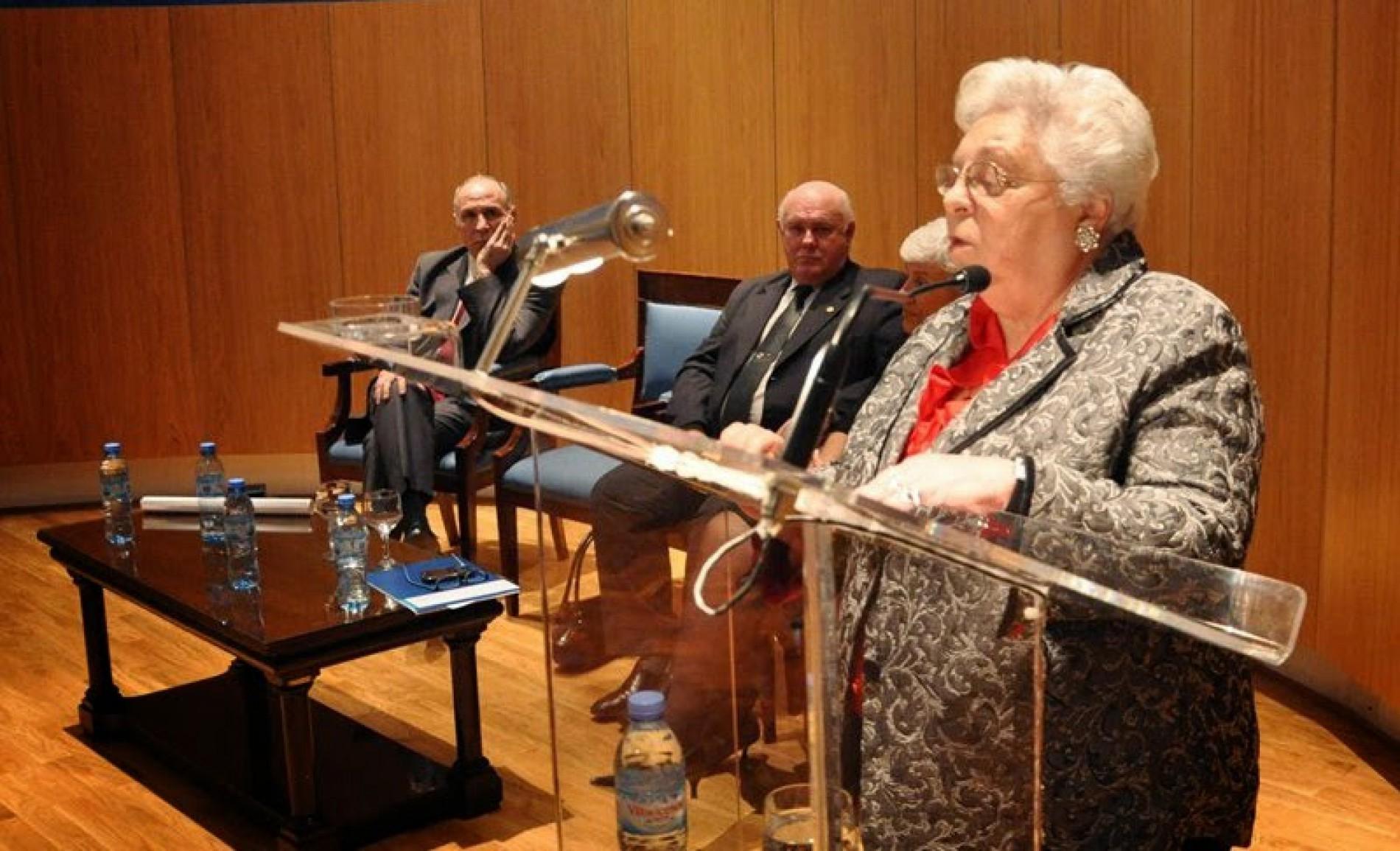 Distinción a la Dra. Carmen Argibay