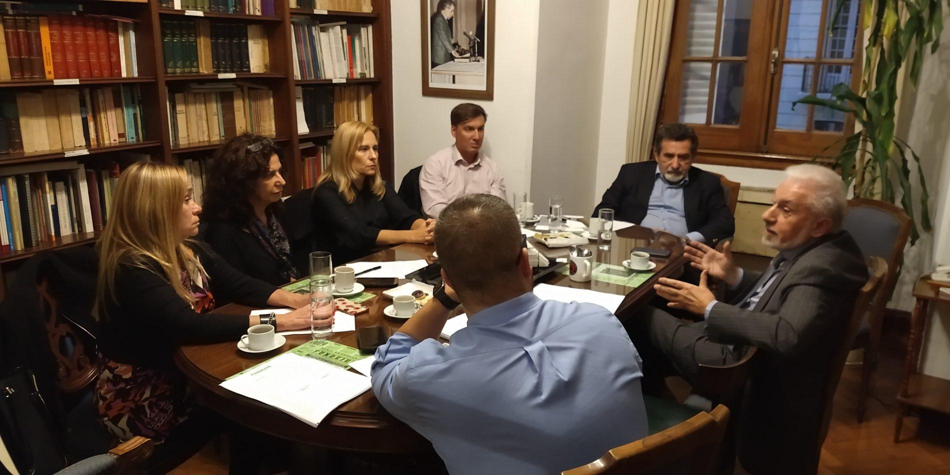 13/05/19. REUNIÓN DE TRABAJO DE LOS MIEMBROS DEL CONSEJO DE ADMINISTRACIÓN ACOMPAÑADOS POR INTEGRANTES DE LA OFICINA DE LA MUJER.