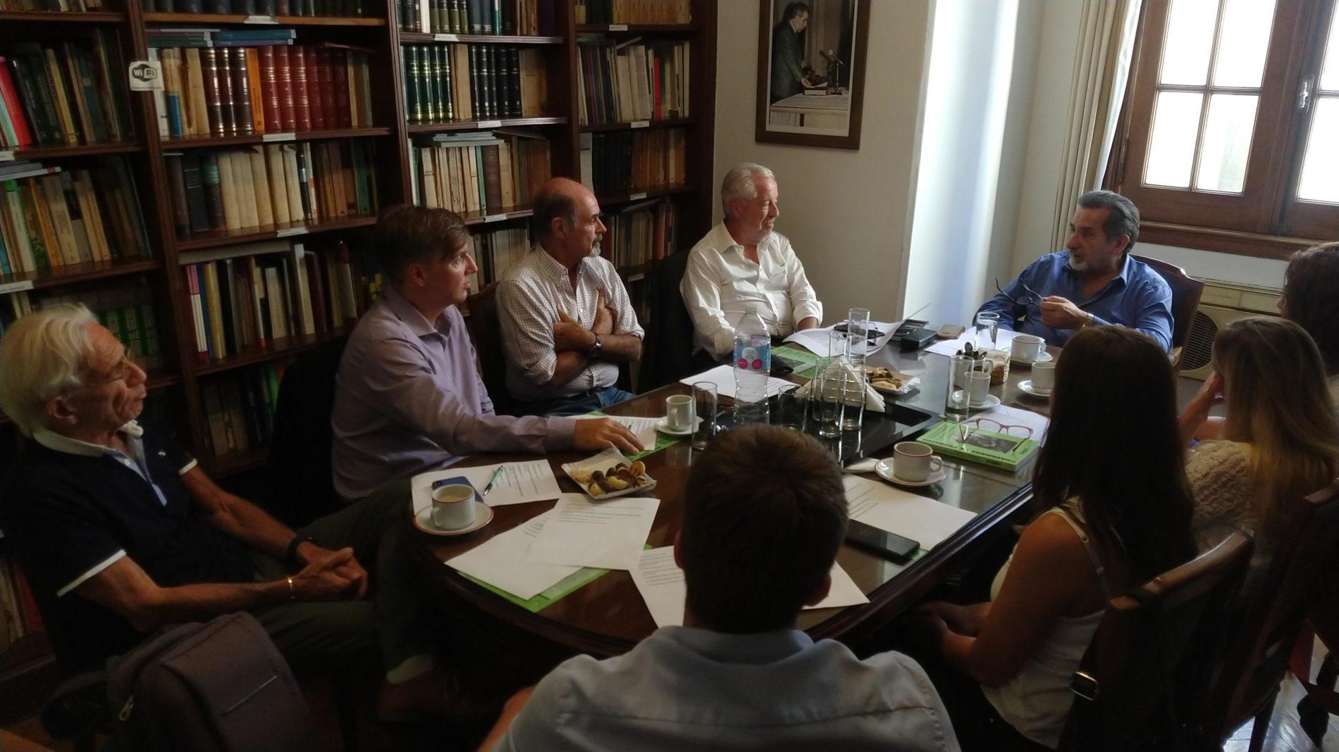 18/02/20. REUNIÓN DE TRABAJO DE LOS INTEGRANTES DEL CONSEJO DE ADMINISTRACIÓN ACOMPAÑADOS POR MIEMBROS DEL CONSEJO ASESOR, INVESTIGADORES, REPRESENTANTES REGIONALES Y DE LA OFICINA DE LA MUJER.